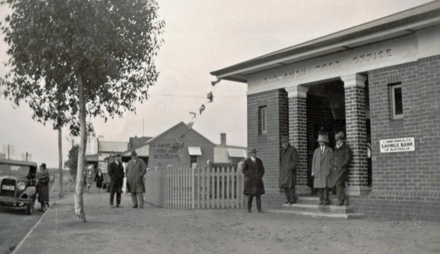 Carnamah Post Office on Opening Day in 1932