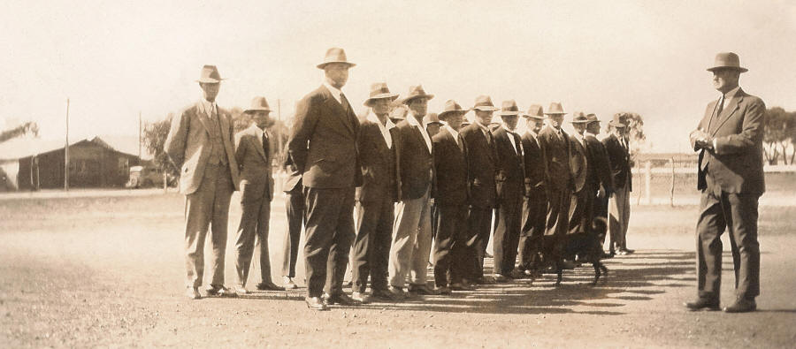 Returned Men at the Carnamah War Memorial in the 1930s