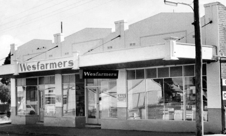 Wesfarmers Store in Mackie's Buildings in Carnamah